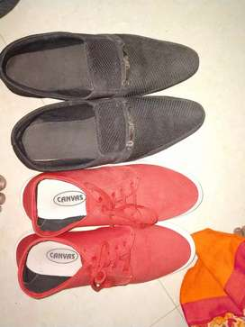 Black lofer and red shoes for men
