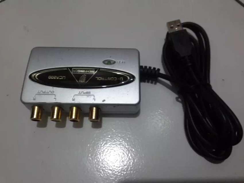 Sound Card BEHRINGER UCA200 U-Controler