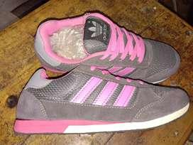 Sepatu santai cewek
