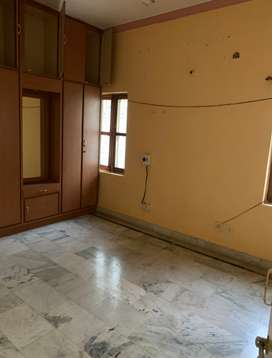 Spacious 2 Bedroom home in Sahara