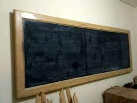 Papan tulis kapur /blackboard bingkai jati belanda