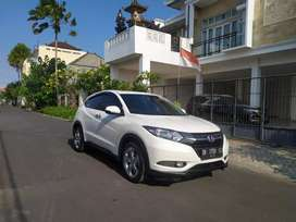 Honda HR-V E 2017 Automatic Putih Low km All Orisnil Istimewa