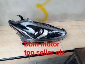 Headlamp Toyota sienta type Q kanan