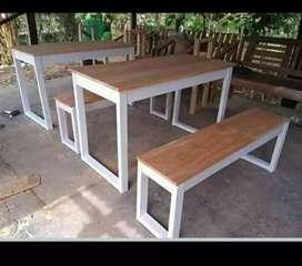 Meja dan kursi perlengkapan resto dan cafe