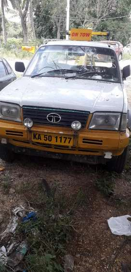 Good condition towing vehicle 88844four7733