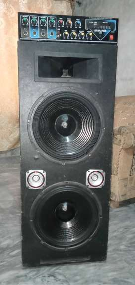 (P Audio)12 inch speakers for sale with 4 channel amplifier