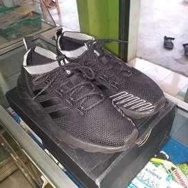 Adidas Questar Rise Black