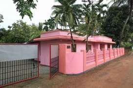 House at affordable price at moncompu, thekkekara.