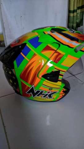 Helm NHK Rossi ukuran M, kondisi 90%, Siapa cepat dia dapat