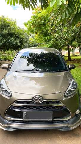 TOYOTA SIENTA 1,5 Q BENSIN AT FULL ORIGINAL