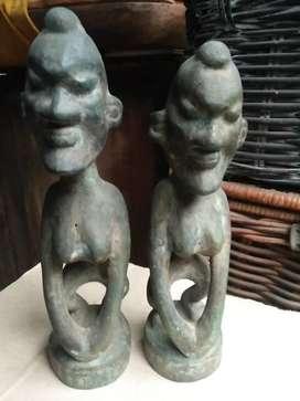 Penemuan sepasang patung primitif perunggu murmer