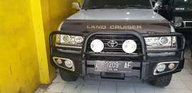 Toyota land Cruiser VXR disel matic 4x4