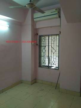2 bhk flat for rent only 6000/- near bus stand at chinsurah