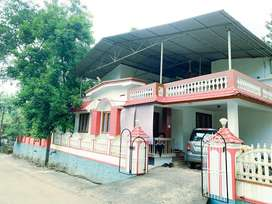 10 cent + House For Sale at Vazhakulam