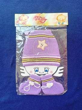 Topi bayi kaos kaki