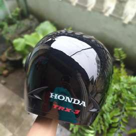 Helm seribu umat ( helm asli bawaan honda 100% ori )