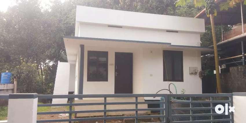 Thrissur mundur 2bedroom villa ready to 5cent land very guruvayoor 0