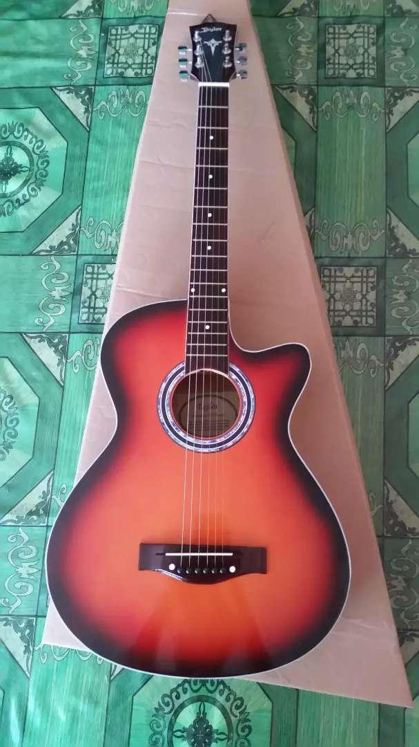 Gitar akustik standart taylor sunbrush 0