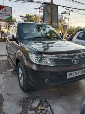 Tata Safari Storme 2012 Diesel Well Maintained 4x4 top end VX model