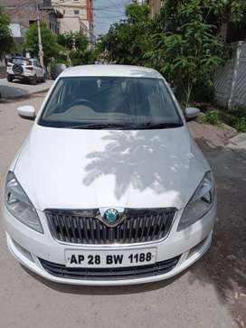 Skoda Rapid 1.5 TDI CR Ambition Plus, 2013, Diesel