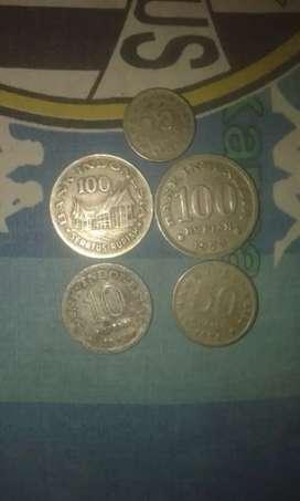 uang koin kuno antik