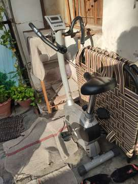 Gym cycle good condition