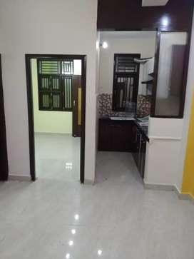 2bhk builder floor Nearby uttam nagar west metro