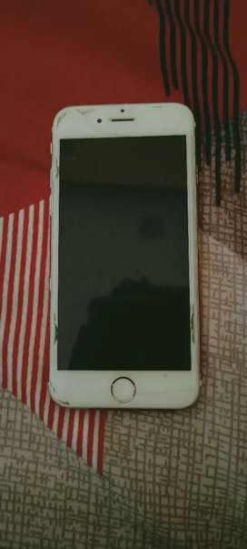 I phone 6 32 gb in mint condition.