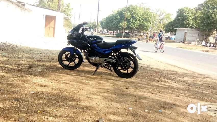 Pulsar 220 Bike Werry Good Candition 0