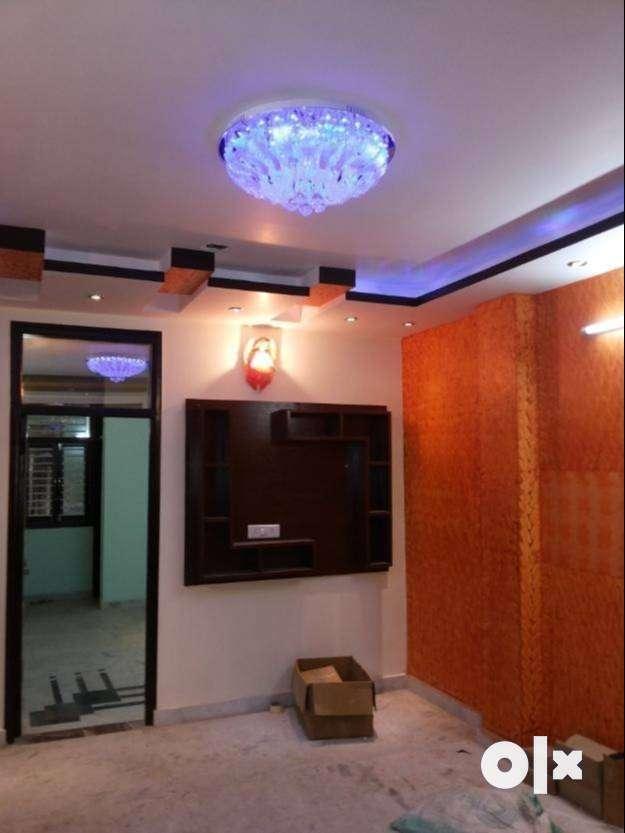 hurrry up!few ready to move flat for sale 2BHK at utttam nagar 0