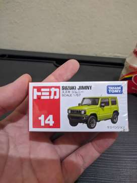 Takara Tommy Suzuki Jimny All New warna kuning fluo