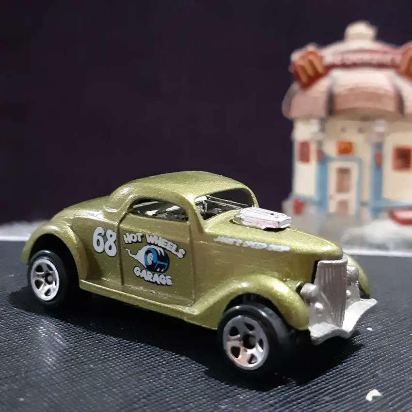 Hotel Wheels Treasure Hunt Antik Jadul Ford 3 item