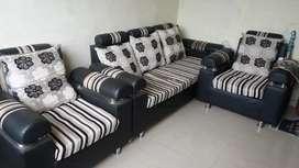 Sofaset and sofa chairs