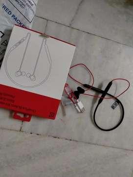 Bluetooth earphone rs 1500 new