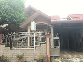 Dijual cepat Rumah Siap Huni (Full Granite, Garasi dan Kitchen Set)