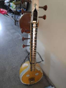 Veena Thanjavur Antique