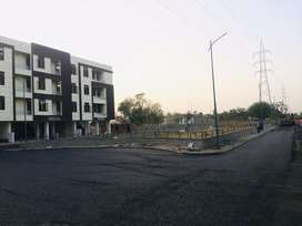 2 bhk 95% lonebal flat for sell