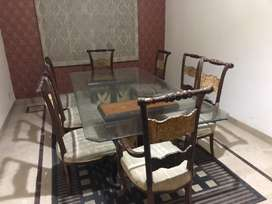 dining table and console! Urgent sale