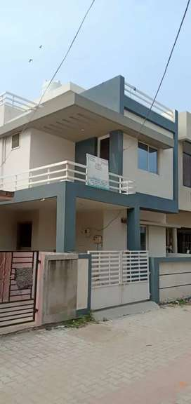 3 b h k bunglwo for sale in  vidhiyanagar road