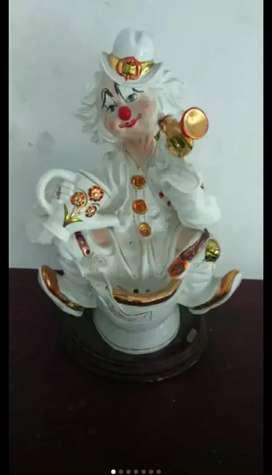 boneka badut bahan kramik