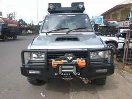 Bemper/tanduk mobil kijang keren tersedia juga untuk mobil laniya.