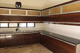 ONE KANAL HOUSE FOR RENT IN DHA LAHORE PAKISTAN