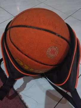 Bola basket MIKASA gratis tas