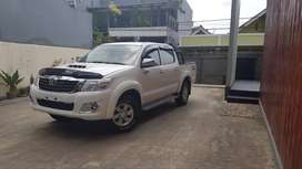 Toyota Hilux Double Cabin, type G,M/T.4x4WD.2015