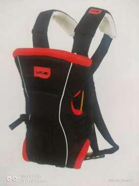 Kangaroo bag baby carrier