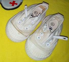 PRELOVED - Sepatu bayi