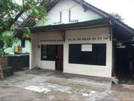 Rumah Sederhana dikontrakan di Jatimulyo dekat SKE