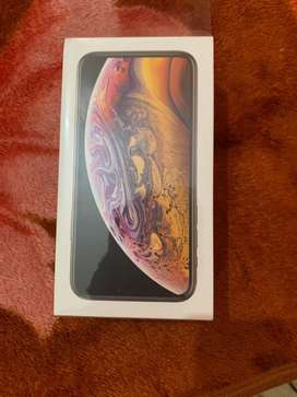 iPhone XS,64gb, Gold, Seal Packed