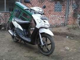 Dijual motor Mio sporty thn 2007,surat² lengkap,pajak mati,seri kota.