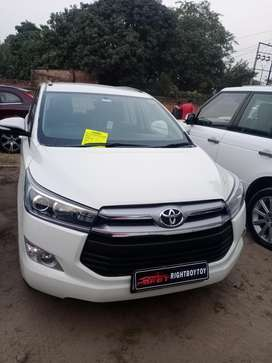 Toyota INNOVA CRYSTA 2.4 VX Manual, 2016, Diesel